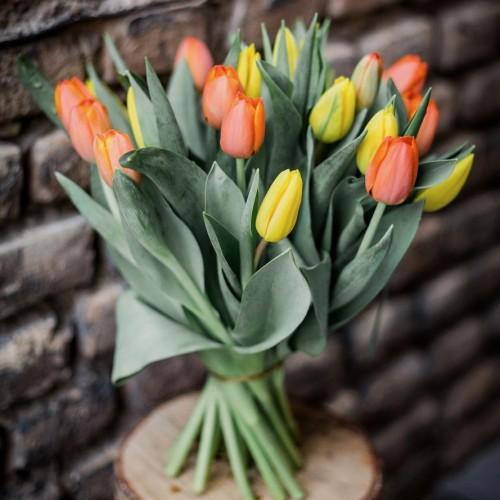 Bouquet de tulipes tons chauds